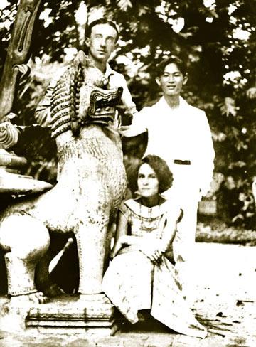 Поль и Гала в Индокитае. 1924 г.